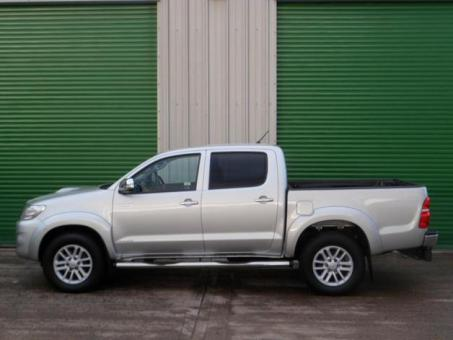 Silver Hilux